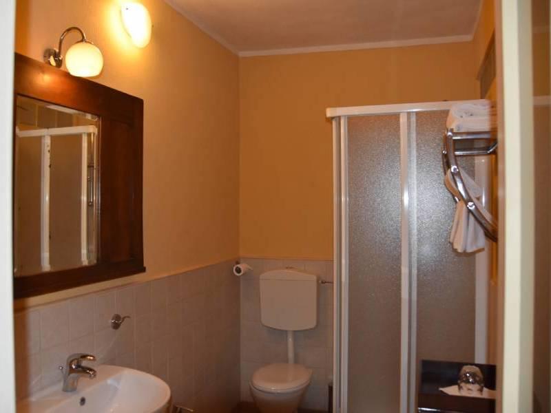 appartamentootello-bebalducale-parma-bagno 800x600