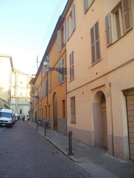 Parma Appartamento Falstaff - fronte strada