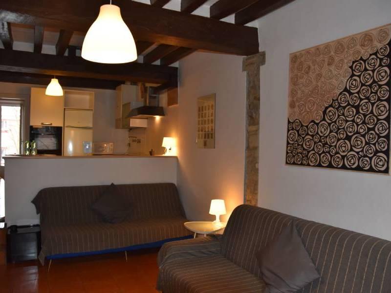 appartamentoernani-bebalducale-parma-divaniinsoggiorno800x600